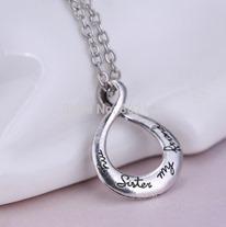 Circle-Pendant-Necklace