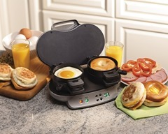 This Is Hamilton Sandwich Maker The Easy Fast Solution For His Need With He Can Make 2 Sandwiches As In 5 Minutes