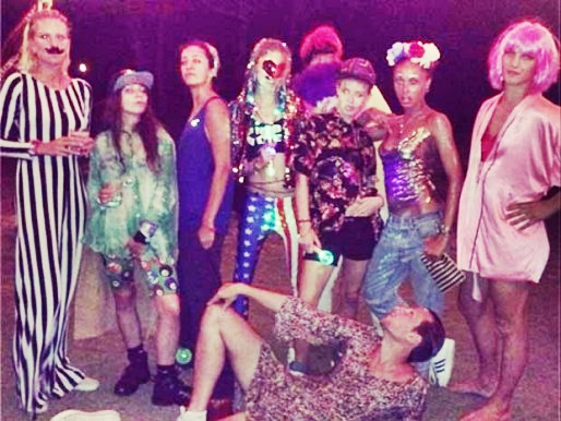 21st-birthday-party-ideas-for-her-Crazy party
