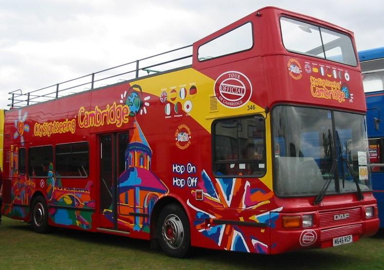 Open bus city tour party