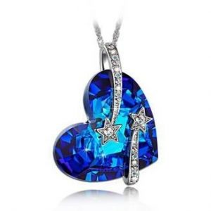blue pendant necklace
