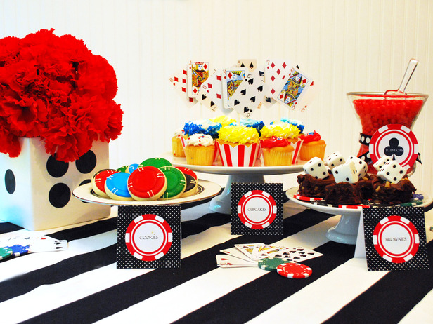 Golden th birthday party ideas you must have in your