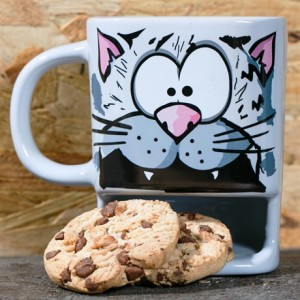Brew Buddies Cat Pocket Mug