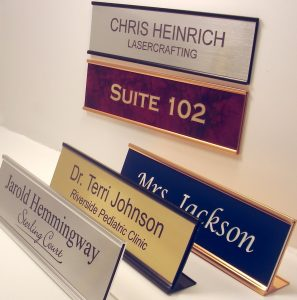 You Can Gift Your Dad A Really Cool Desk Sign With Messages Like Best Ever He Will Proudly Place It On His Work And Let Colleague Know How
