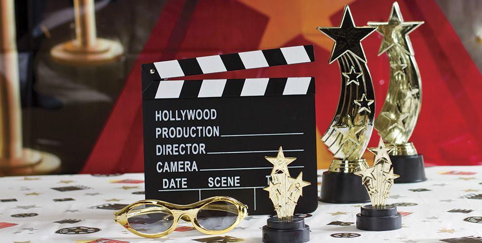 Adult Birthday Party Themes on oscar award party favors