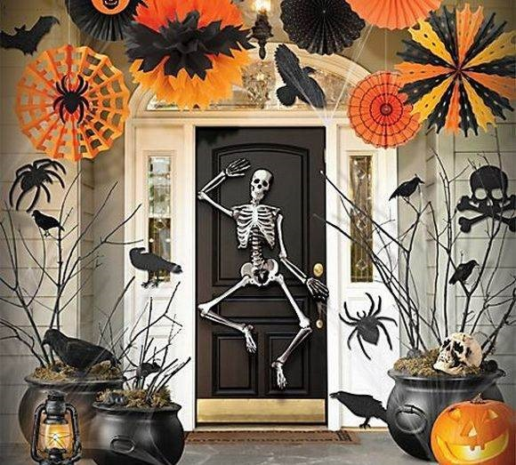 welcome with a skeleton - Halloween Birthday Ideas