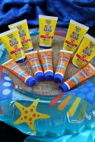 Keep Sunscreen Lotion Handy
