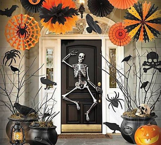 Welcome With A Skeleton-Halloween-Birthday-Ideas