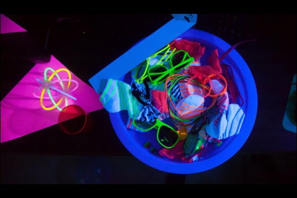 neon light party