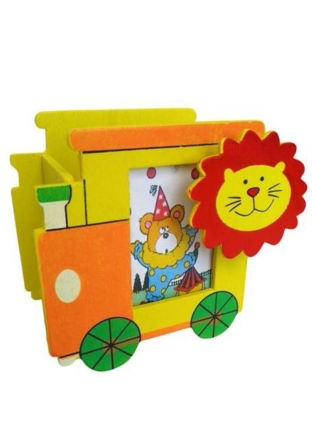 Return-Gifts-for-Kids-3 In 1 Engine Style Pencil Holder