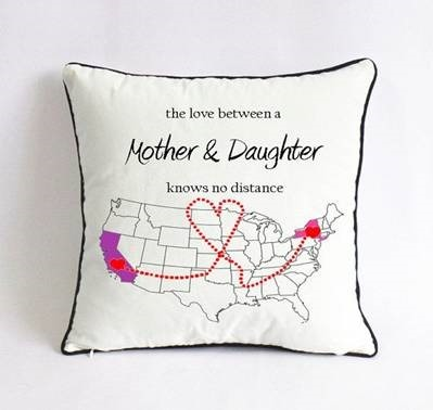 Long Distance Mom Daughter Pillowcase