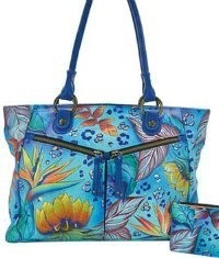The handbag That is Hand-Painted