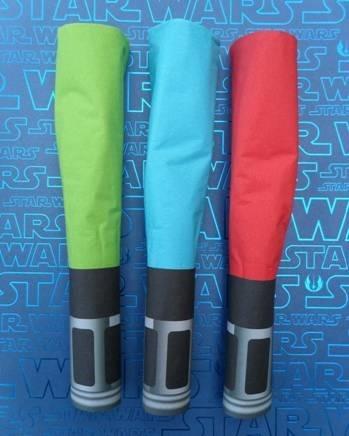 'DIY' Star Wars lightsaber napkin rings