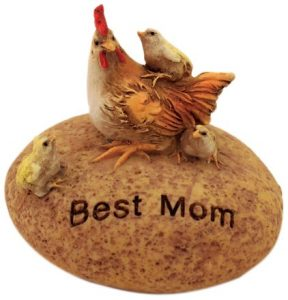 Best Mom Outdoor Statue