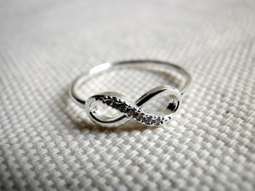 Friendship knot finger ring