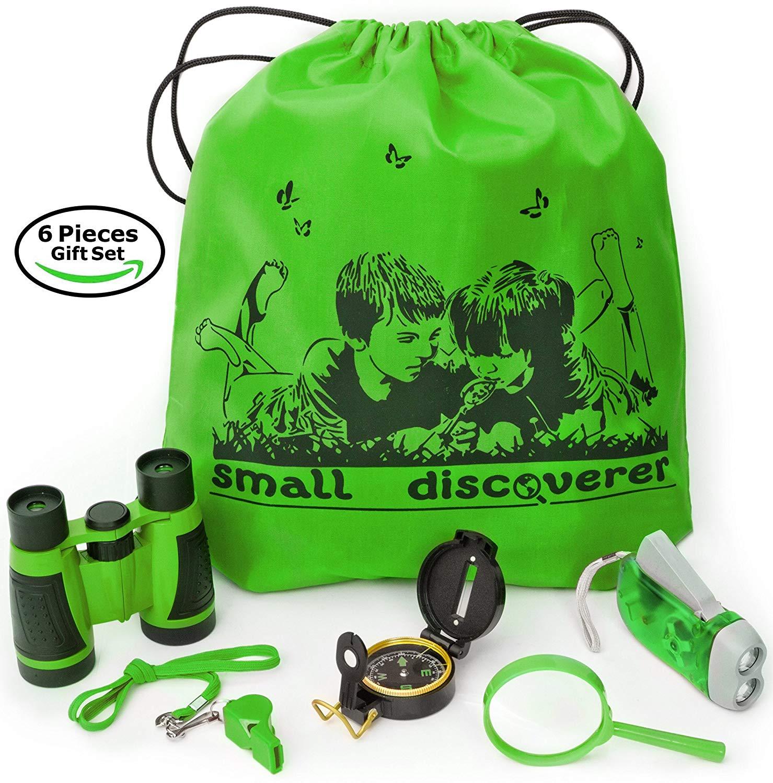 An outdoor exploration set