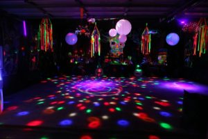 14th-birthday-party-Neon Glow Party